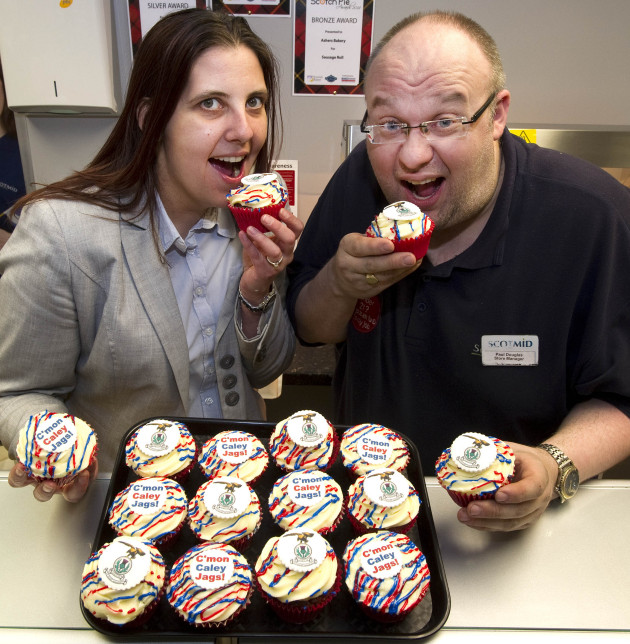 Lisa Strafford and Paul Douglas of Scotmid taste the Caley Cupcakes.