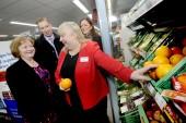 Maureen Watt, Minister for Public Health meets Moredun Store Manager, Rose Spence.  John Brodie & Kimberley Guthrie, Scotmid's Marketing Director, look on.